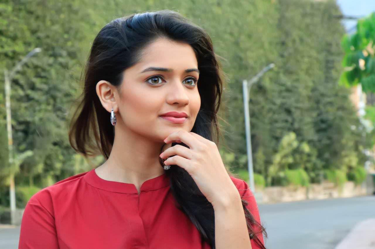 Pin By Nitin Raiborde On Nits Actresses Actress Pics Hd Photos
