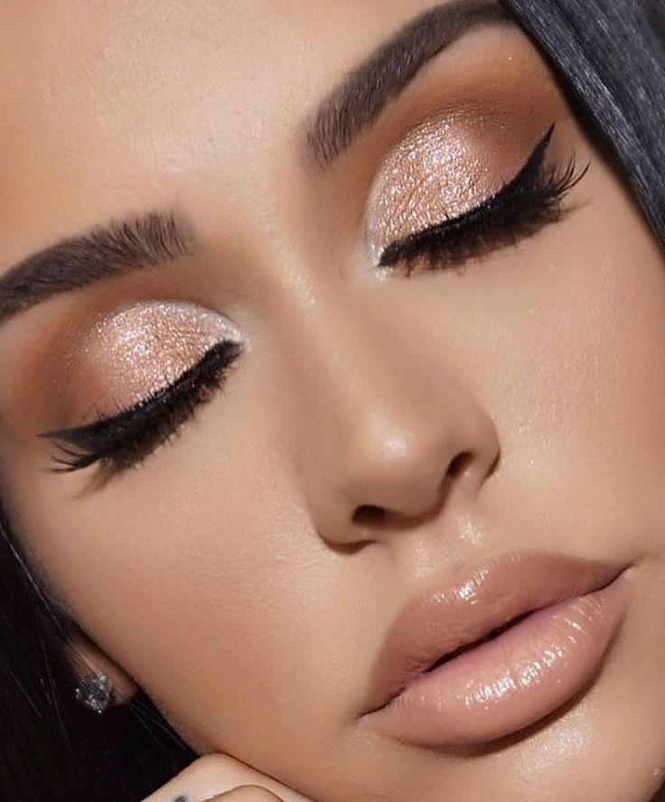 37 Beautiful Neutral Makeup Ideas for the Prom Party Neutral makeup is the one t #makeupprom