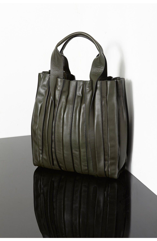 da778efdfa Lupo Abanico Shopper Handbag in Dark Green Sac, Belle Vie, Sac En Cuir,