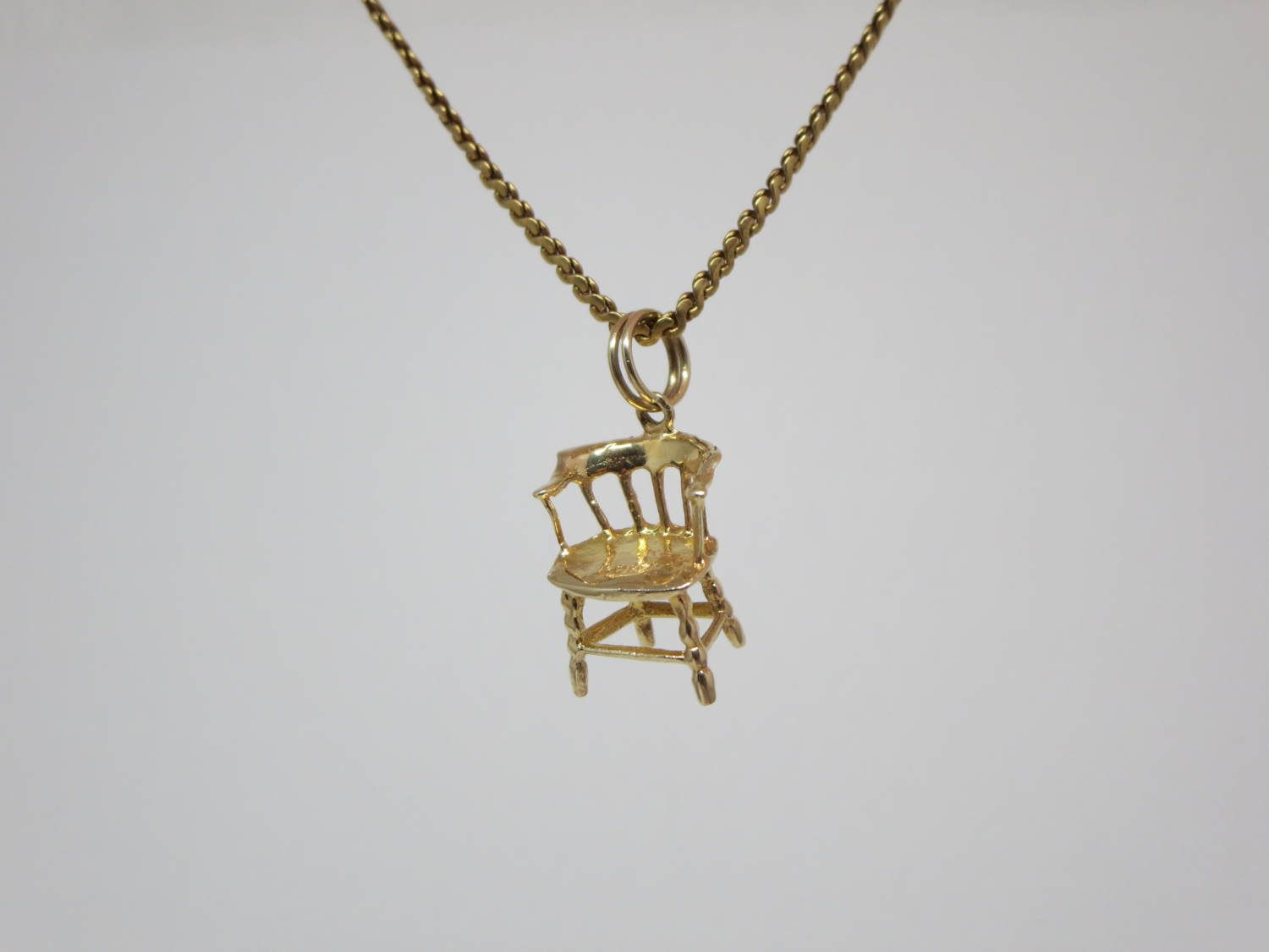 10k Gold Miniature Old Style Chair Pendant Very Realistic Patterns Spiral Ring For Easy Attachment To A Charm Br 10k Gold Gold Pendant Necklace Pendant Jewelry