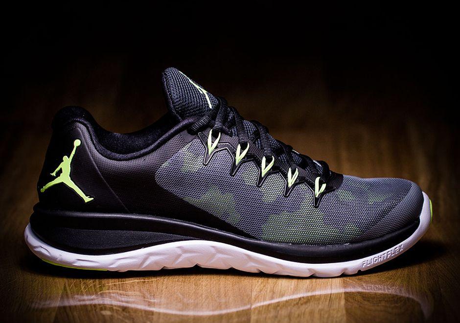 Nike Runner Vol Jordan 2 Points Blancs