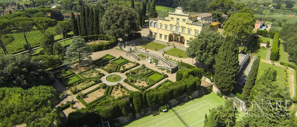 NOVA Home Hunters There are a lot of Italian castles for