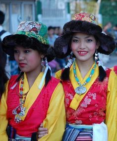 Culture People Bhutan People Bhutan Tibet People Cultures National Dress Cultures Costumes Bhutan Nepal Bhutan As Bhutan Bhutan Clothing Festival Outfits