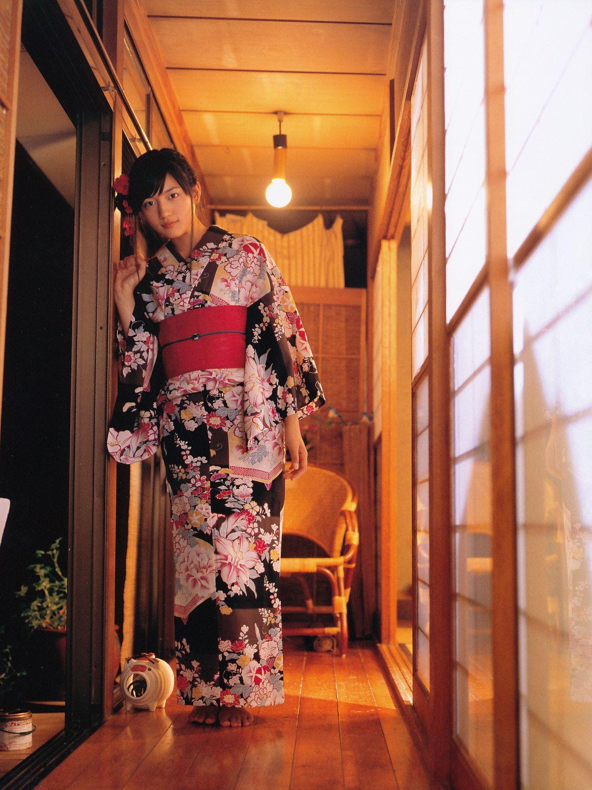 Pin by 雅布 重 on kimono samurai geisha pinterest kimonos and girls