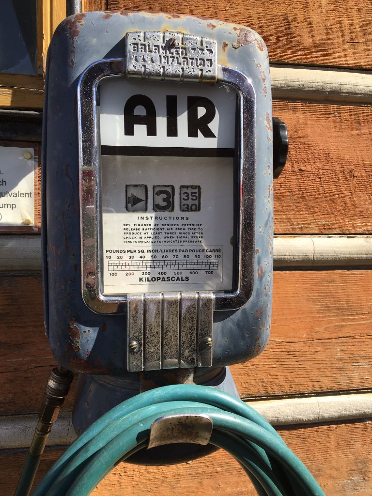 Sweet Old Gas Station Air Pump Still In Operation Today Air