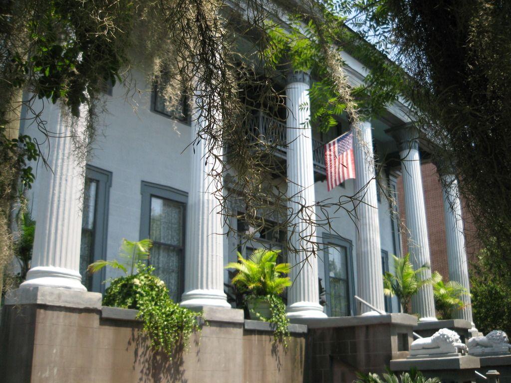 "Columbus Historic Antebellum Home ""The Lion"