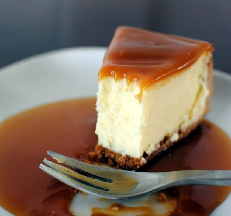 Philadelphia Cheesecake Recept En Klassieke En Originele Variaties Van Dit Eenvoudig Chocolate Caramel Cheesecake Caramel Cheesecake Recipes Caramel Cheesecake