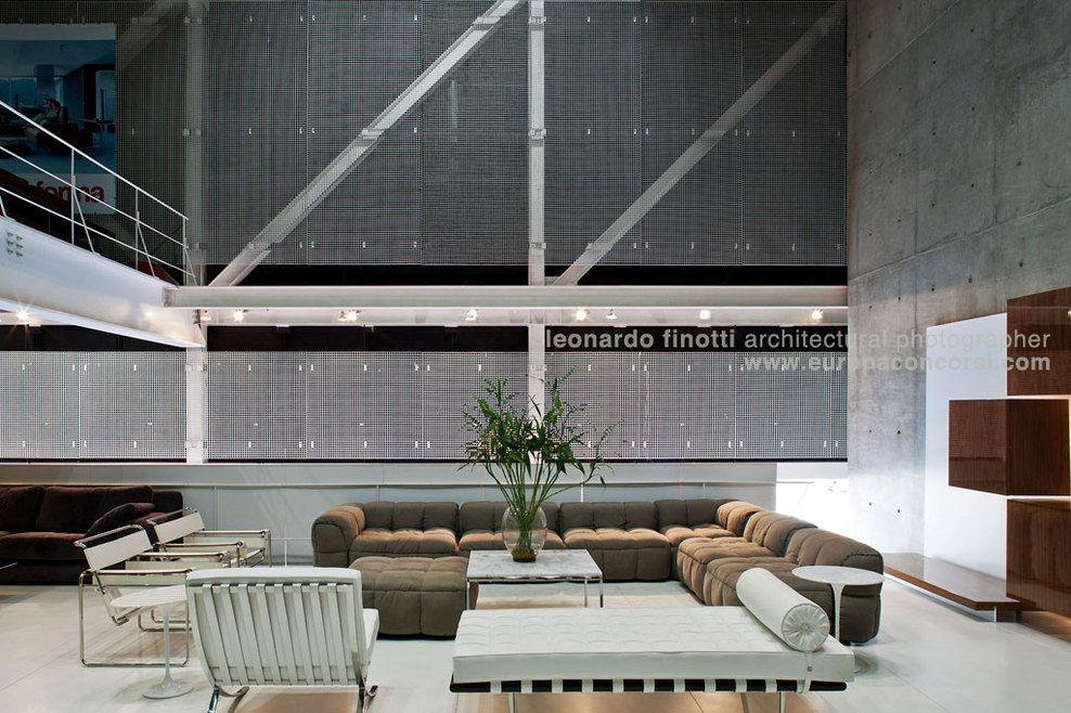Paulo mendes da rocha forma store image 5 of 5 for Tendencia minimalista arquitectura