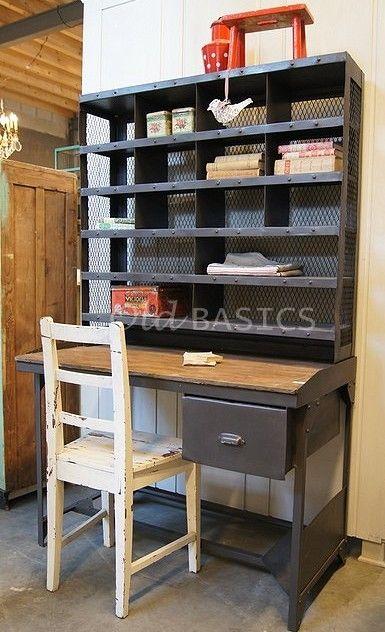 Brocante Kinder Bureau.Stoere Brocante Tafel Postbureau Leuk Op Een Kinderkamer Maar Ook