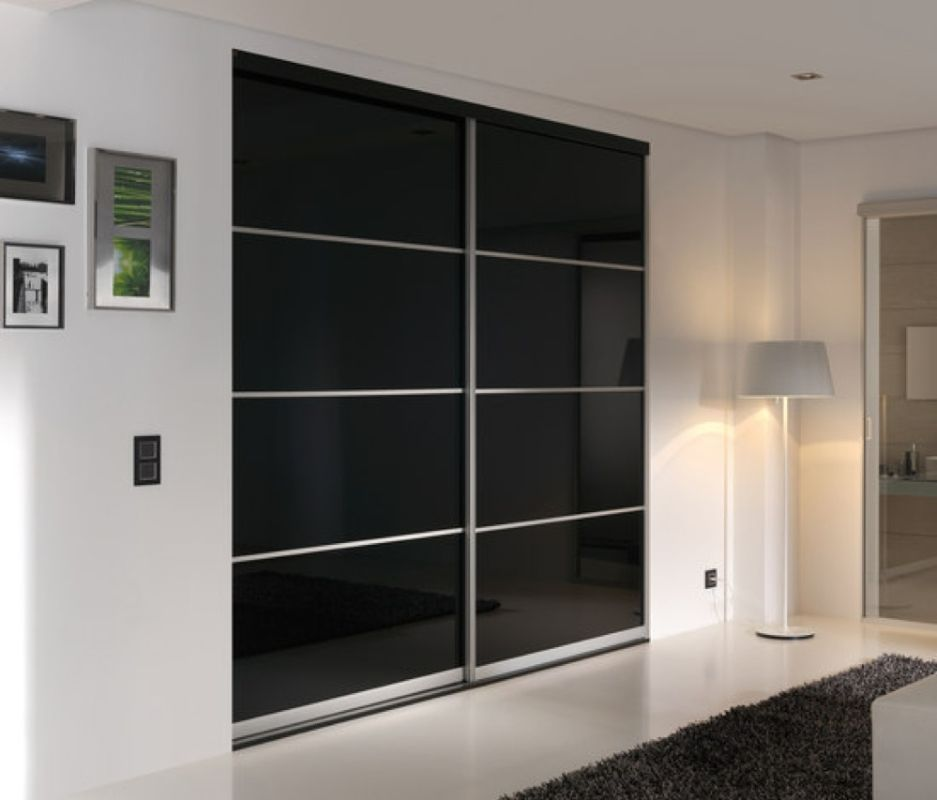 Gliderobes Sliding Door Wardrobe Classic Black Glass Bedroom