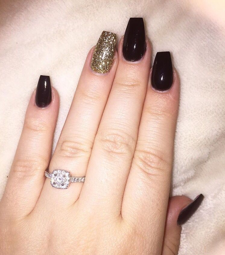 Black and gold, Acrylic coffin style nail.