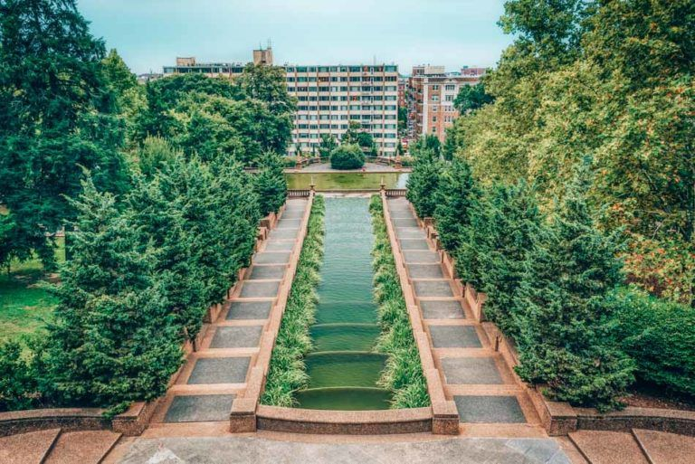 The Ultimate Local S Travel Guide To Washington Dc Local Travel Cool Places To Visit Hill Park