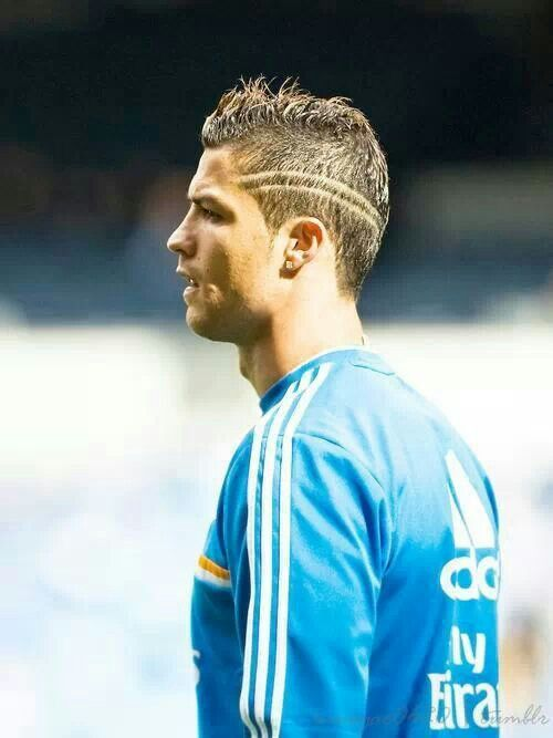 Pin By Blogs Sites On CHRISTIANO RONALDO Pinterest Ronaldo And - Hairstyle like cristiano ronaldo cr7
