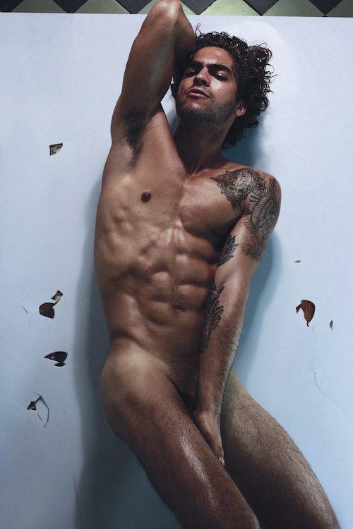 Secret girlfriend nude photos