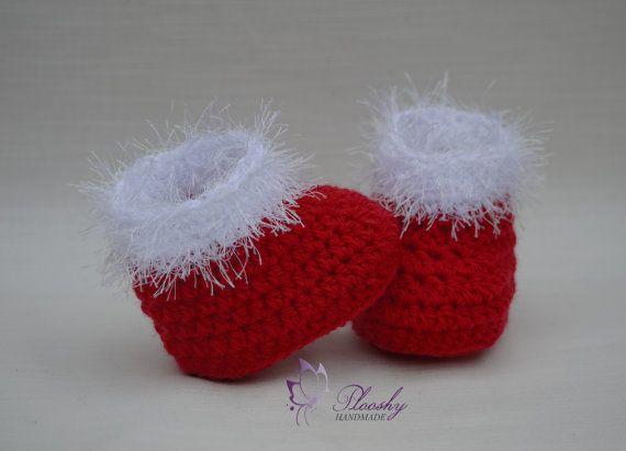 f0bc85455298e Handmade baby girl booties . Size: newborn ( booties 8 cm) 0-3 ...