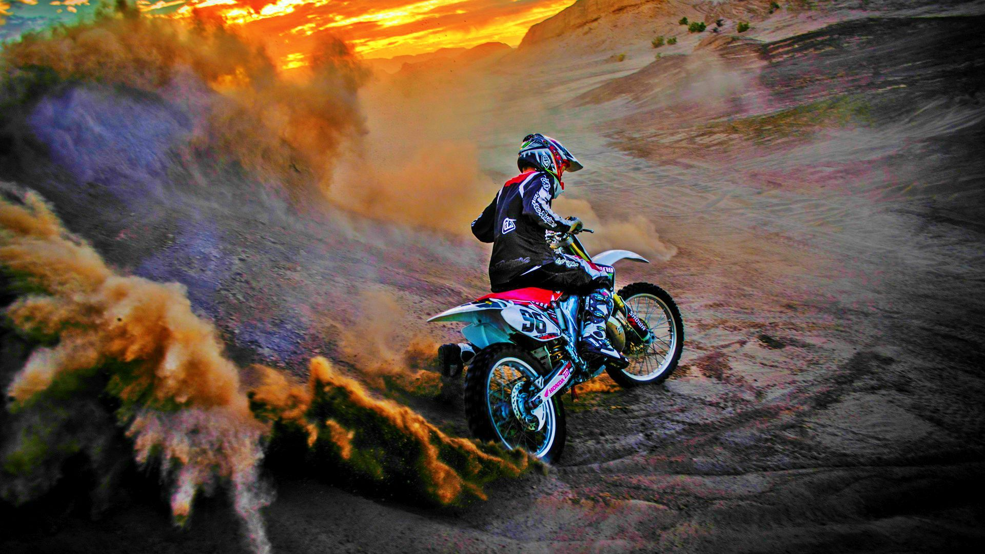 Freestyle Motocross Extreme. See the complete BuzzTrakr