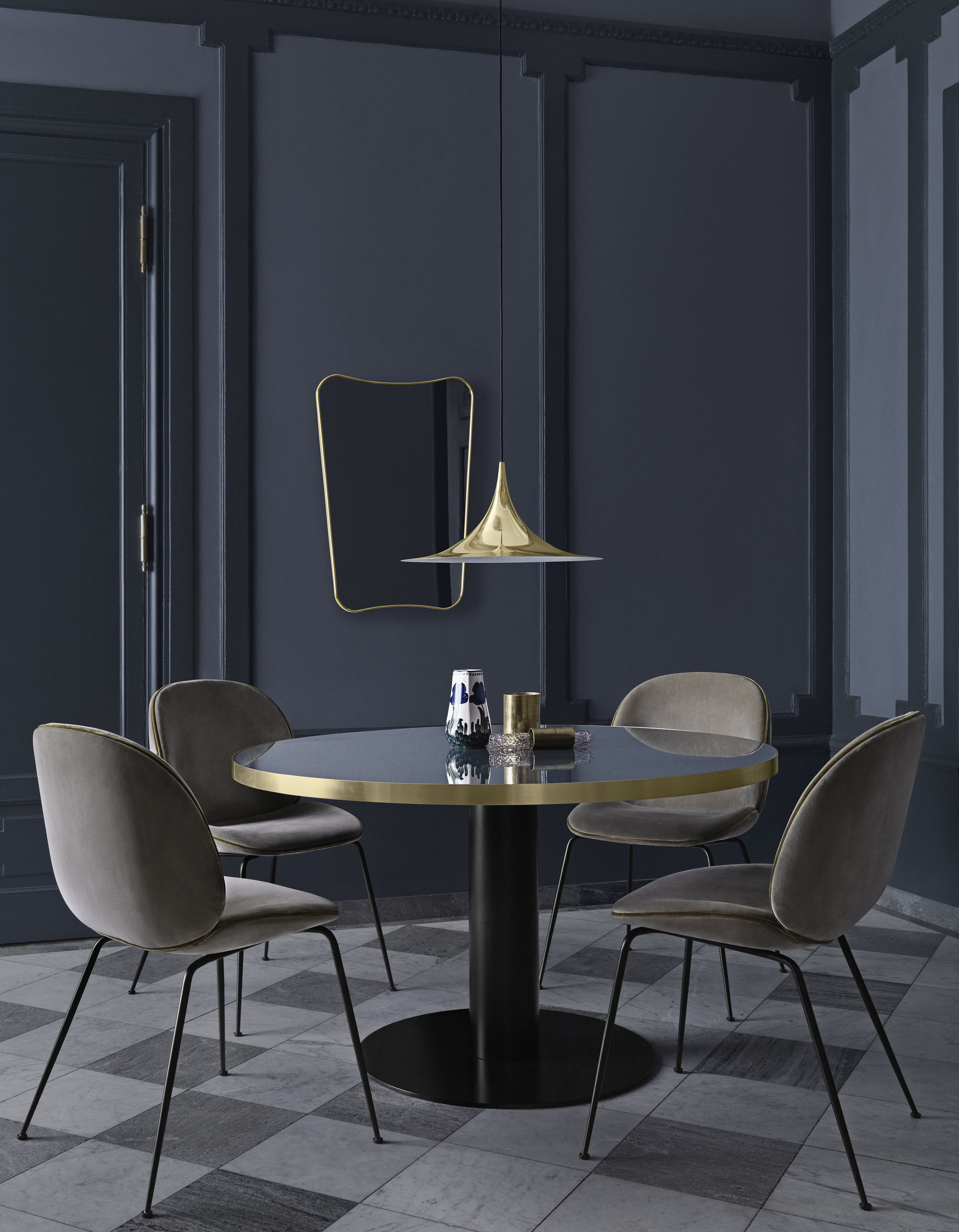 GUBI Dining Space Beetle Chairs FA33 Mirror Table 20 Semi
