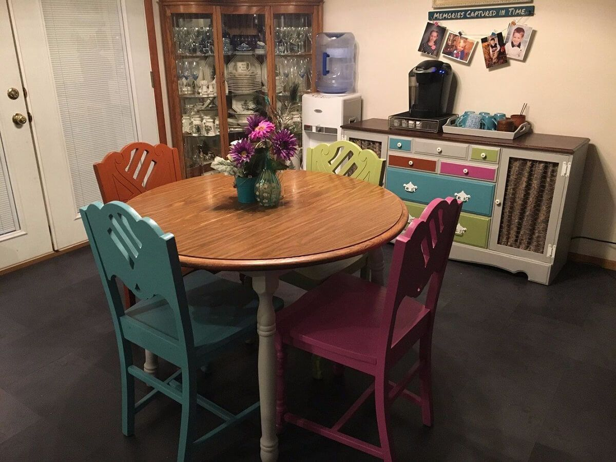 Cute and Quirky Painted Chairs for the Dining Room #chairs #cute
