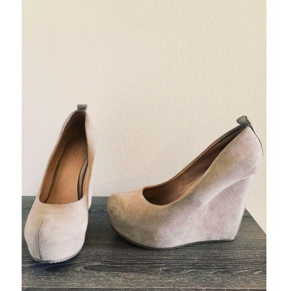 17a71c162a1 ALDO Calcagni Suede Wedges Beige Heel Platform Wedge (w box) ALDO Shoes  Wedges