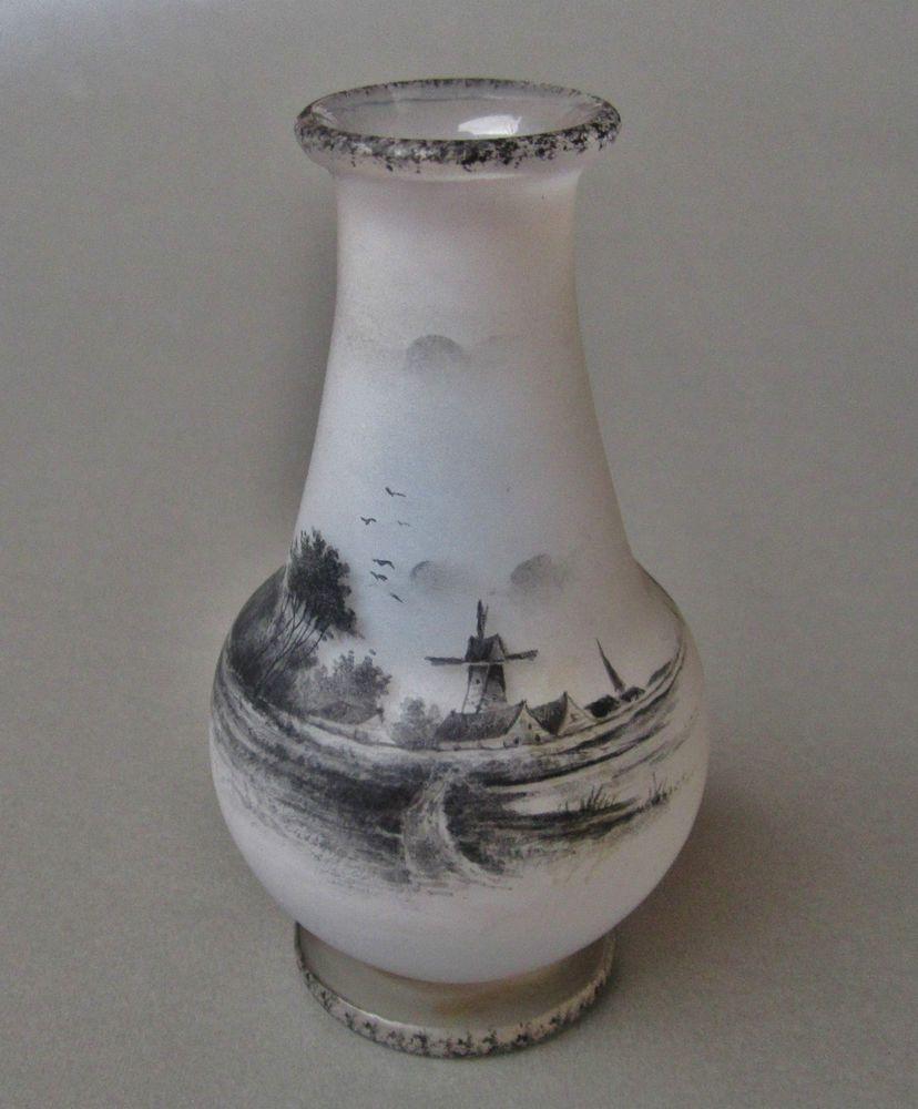 Daum Nancy Vase 9,5 cm Signiert um 1900 Miniatur Jugendstil Glas Vase