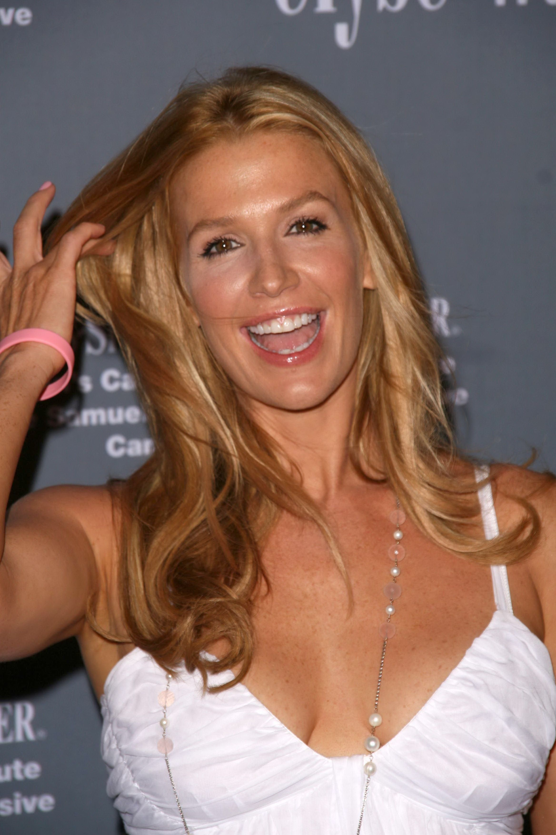 Poppy Montgomery Poppy Montgomery new images