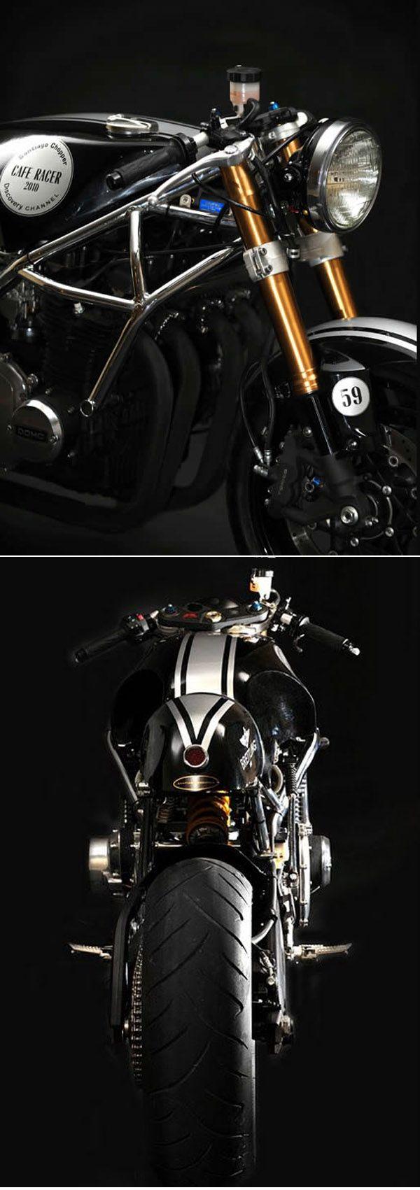 Kawasaki Z1000 Café Racer by Santiago Chopper