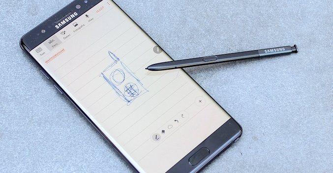 Samsung ide opäť kraľovať smartfónom s Androidom. K špičkovému hardvéru pridáva aj niečo navyše.