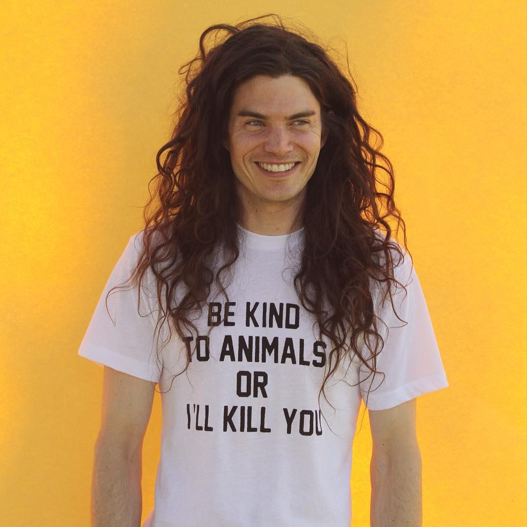 matthew mosshart / vegan chef / men long curly hair / free the curls / inspiration