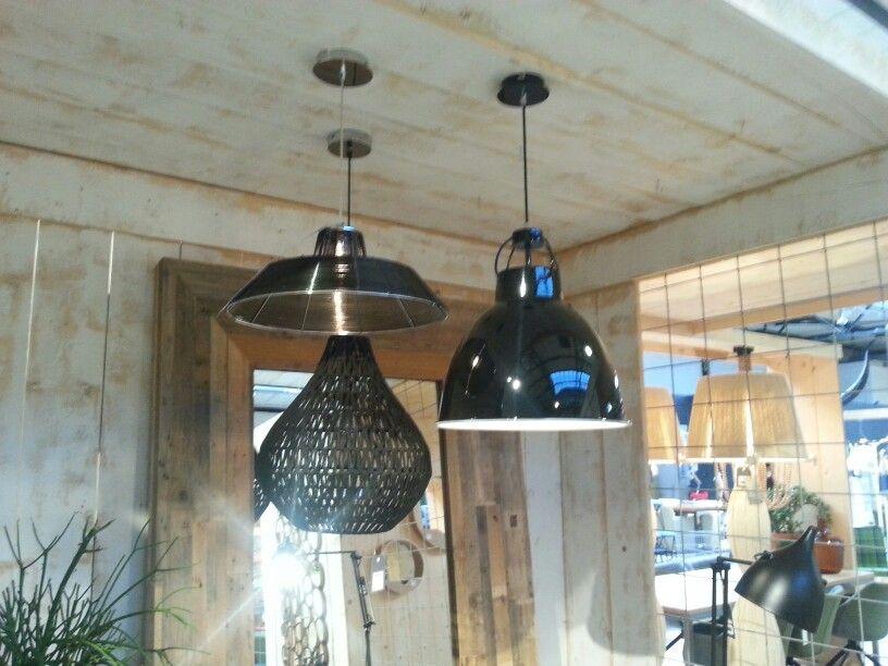 3 verschillende lampen in de zelfde kleur voor boven de eettafel ...