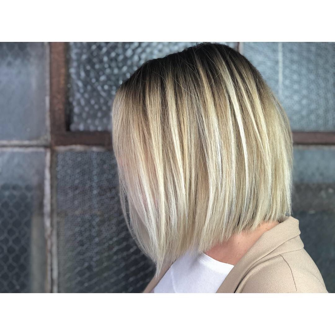 Dre Lefevre 858 945 0331 San Diego Blonde Blunt Bobs Blonde Hair Blonde Specialist San Diego Blonde Specialist An Blonde Blunt Bob Blonde Balayage Blonde