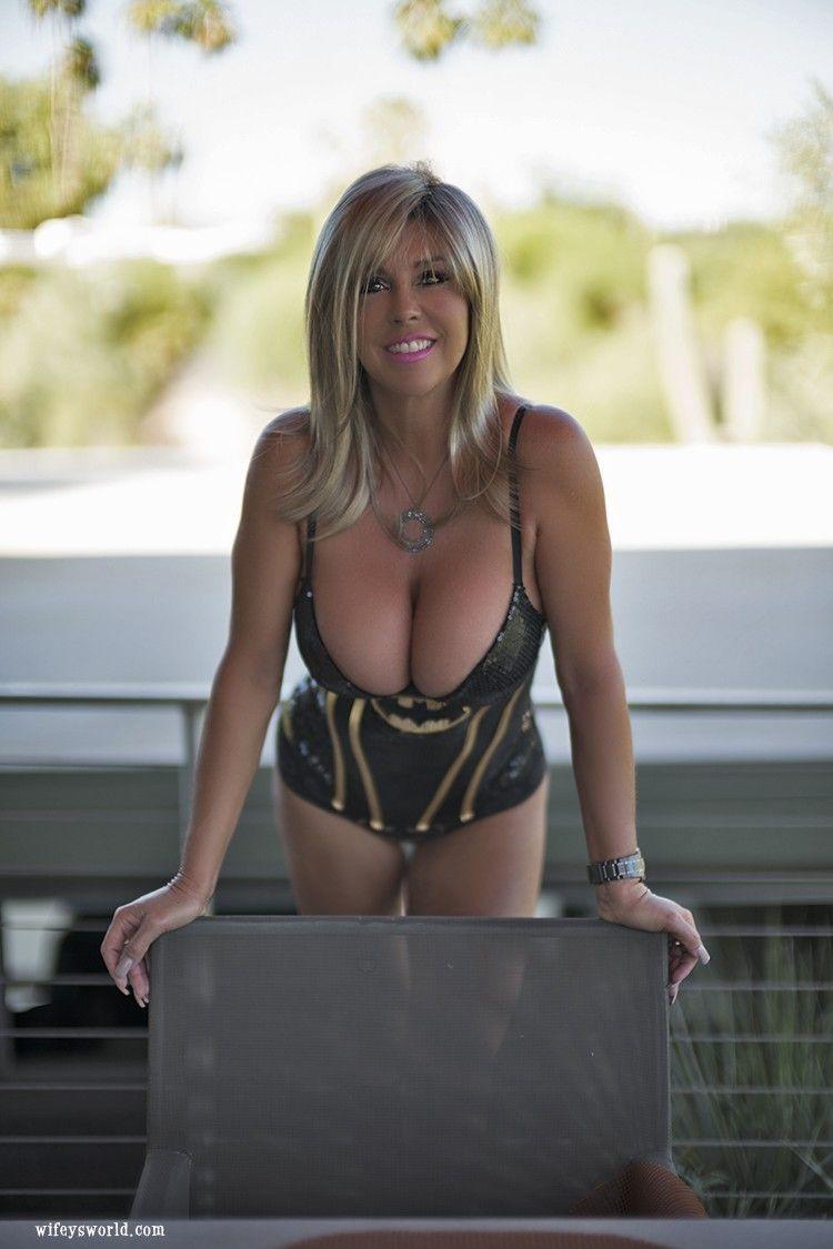 Wifeysworld wifey poolsexy outdoor myluv xxx porn pics