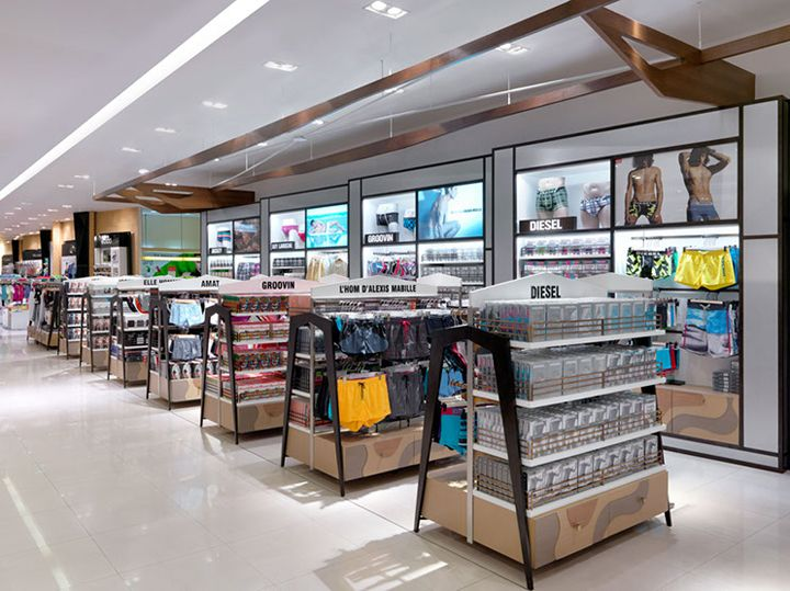 Mensfloor Redesign At Paragon Department Store By Hmkm Bangkok Thailand Retail Design Blog Store Design Interior Retail Design Retail Design Blog