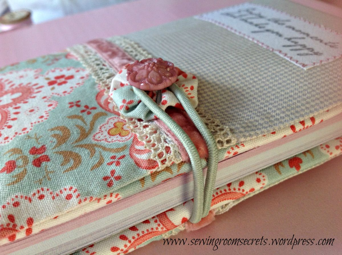 Book Cover Sewing Zipper : Vintage style zippered pouch sewing room secrets