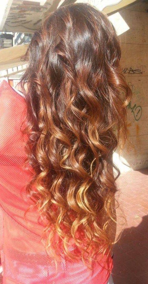 Spotted...in salone!  Capelli che fanno la differenza...  #cdj #degradejoelle #tagliopuntearia #degradé #dettaglidistile #welovecdj #beautifulhair #naturalshades #hair #hairstyle #hairstyles #haircolour #haircut #fashion #longhair #style #hairfashion