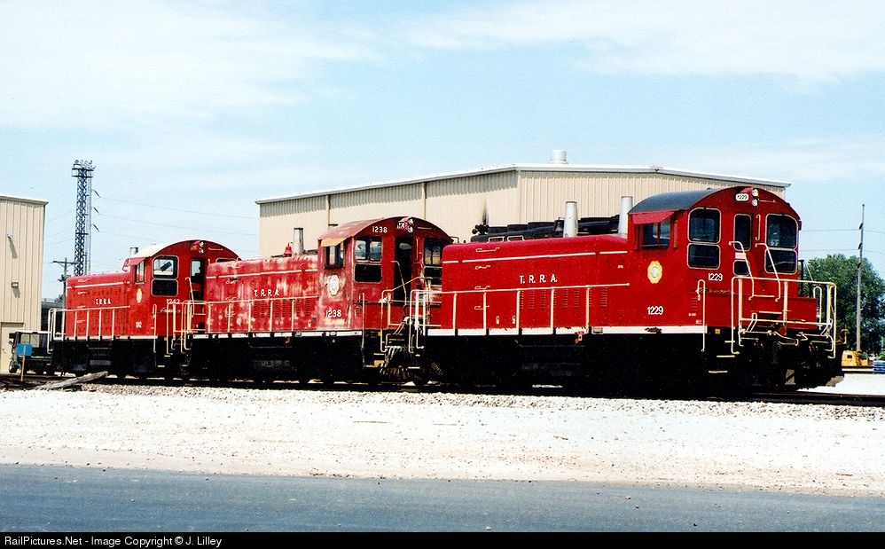 RailPictures.Net Photo: TRRA 1229 Terminal Railroad Association of St. Louis EMD SW1200 at Madison, Illinois by J. Lilley