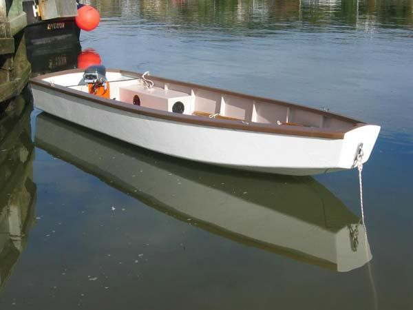 Flat bottom skiff and blunt bow build a boat pinterest for Flat bottom fishing boats