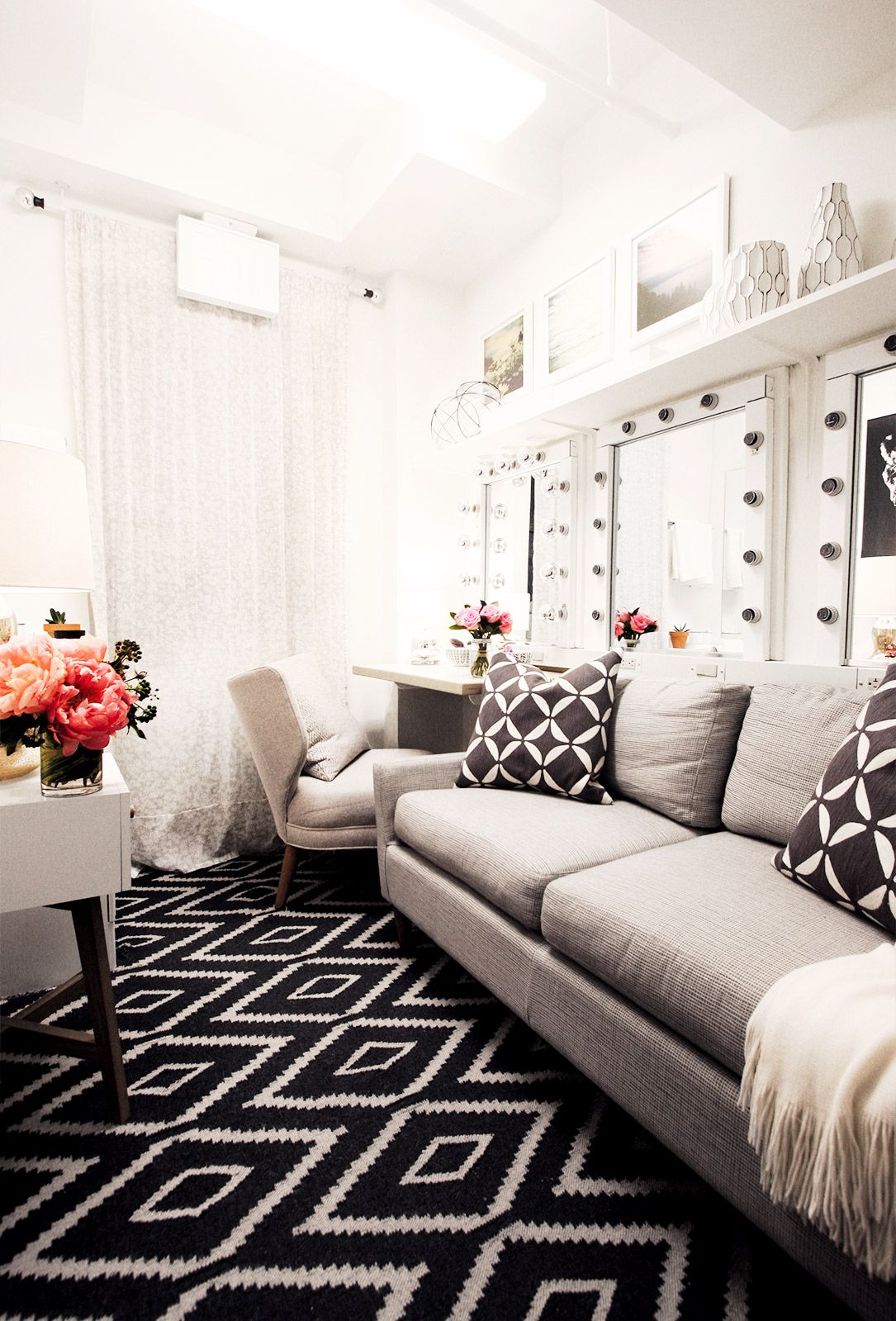 Before & After: Megan Mullally\'s Charming Broadway Dressing Room ...