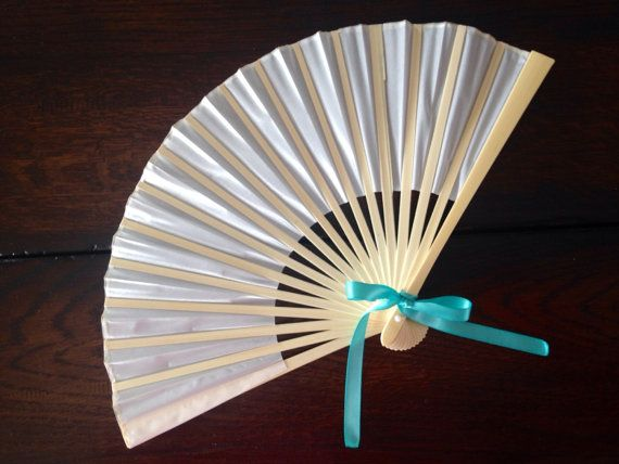 This beautiful hand fan is so sweet and perfect for hot summer weddings, tea parties, and other outdoor events. Makes a great take home