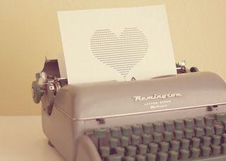 o amor nasce, vive e morre pelo poder - delicado - da imagem poética que o amante pensou ver no rosto da amada!... (rubem alves)