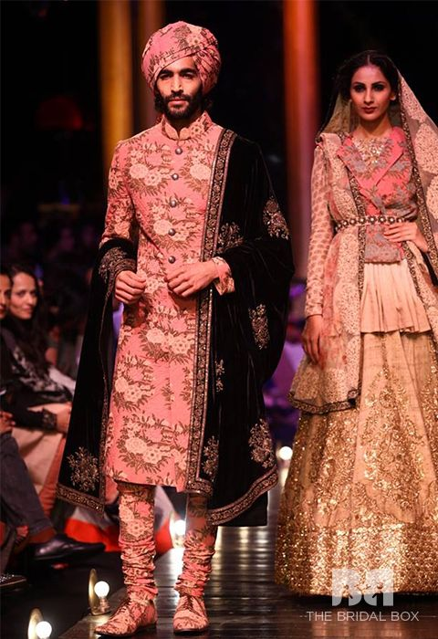3e9ea60ee0 Punjabi Groom Dress: 6 Steal-Worthy Ideas To Look Dapper | men's ...