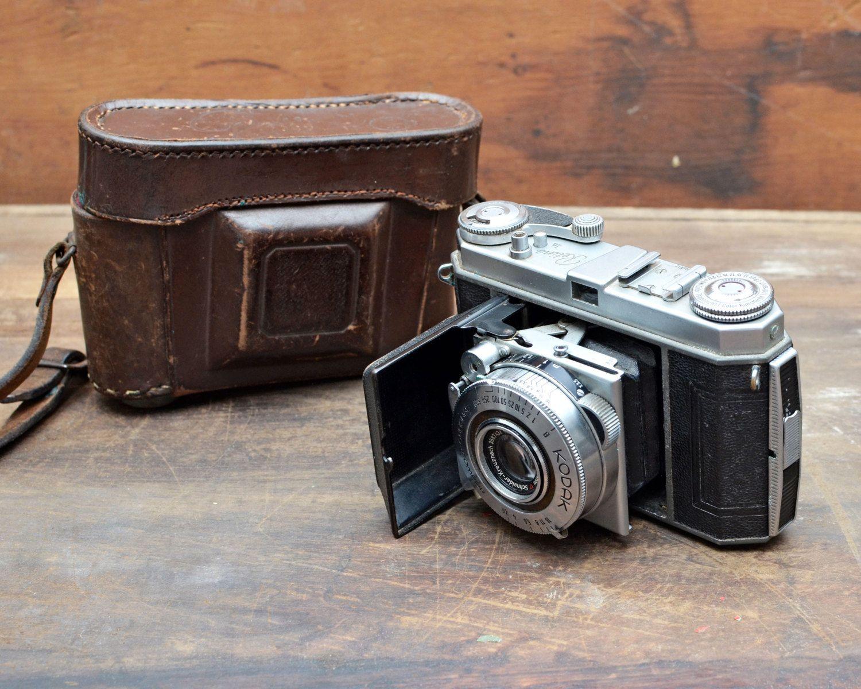 Как продлить ресурс зеркального фотоаппарата красотки показывают