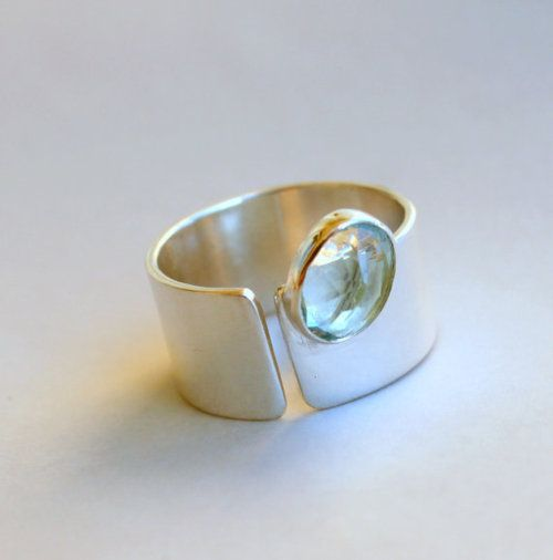 Spirits Of The Sea - Sterling Silver Ring with Aquamarine by meltemsem