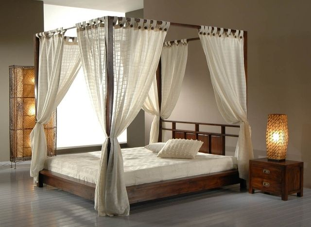 lit baldaquin en bois ou fer pour une atmosph re romantique baldaquin romantique et voile. Black Bedroom Furniture Sets. Home Design Ideas