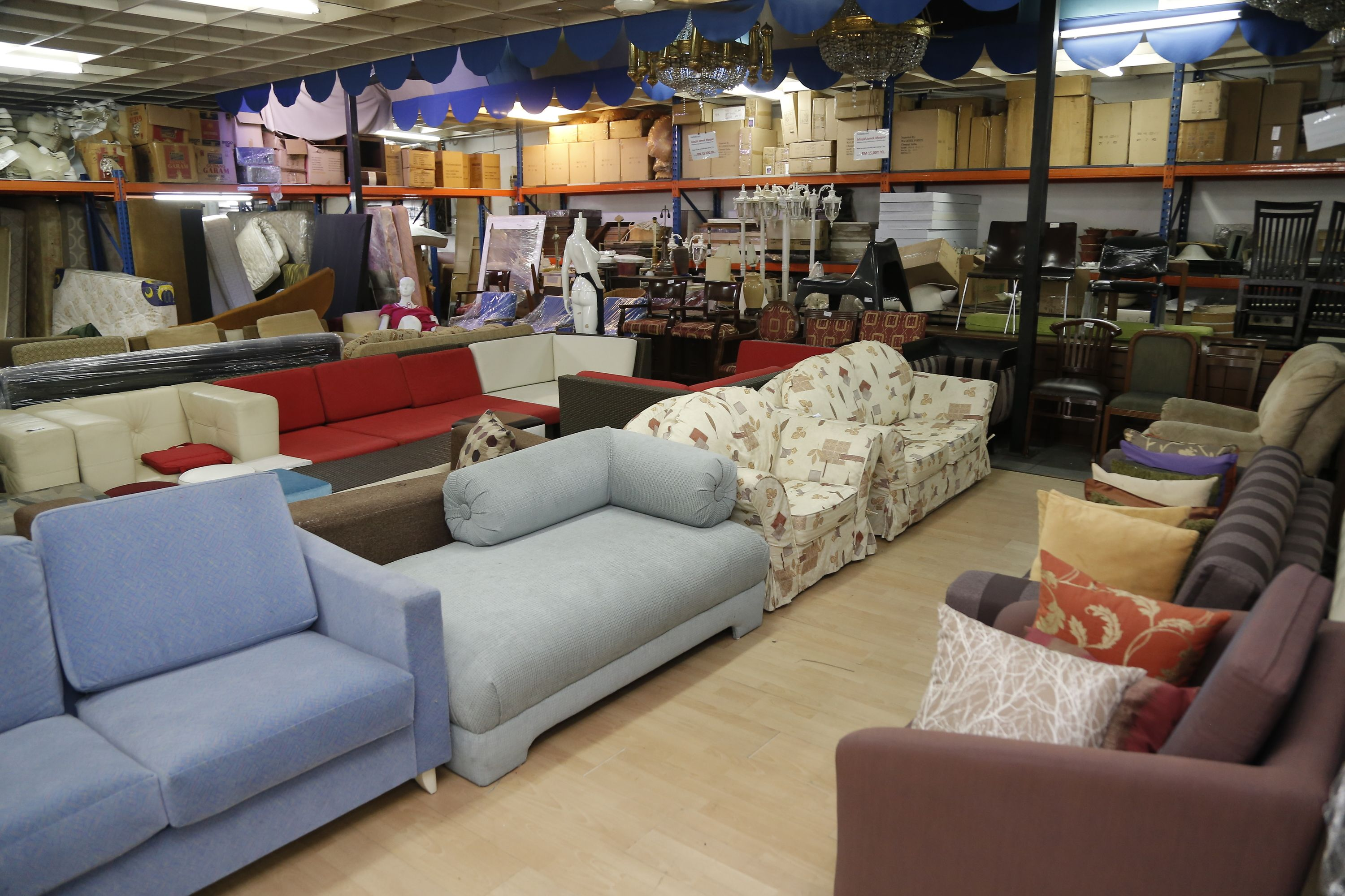 Groovy The Best Secondhand Furniture Shops In Kl Moving To Download Free Architecture Designs Sospemadebymaigaardcom