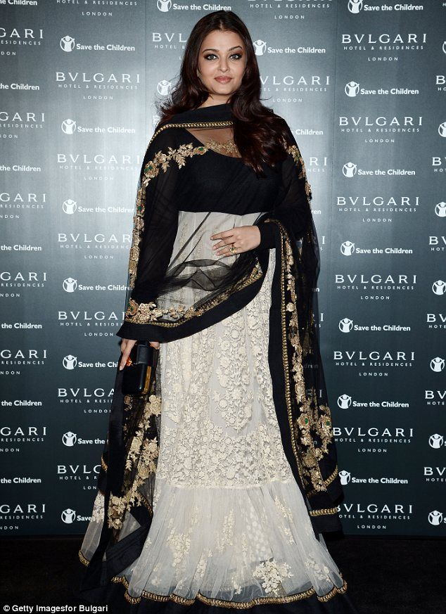 b623f89b1 Bringing Bollywood glamour to London  Aishwarya Rai Bachchan dazzles ...