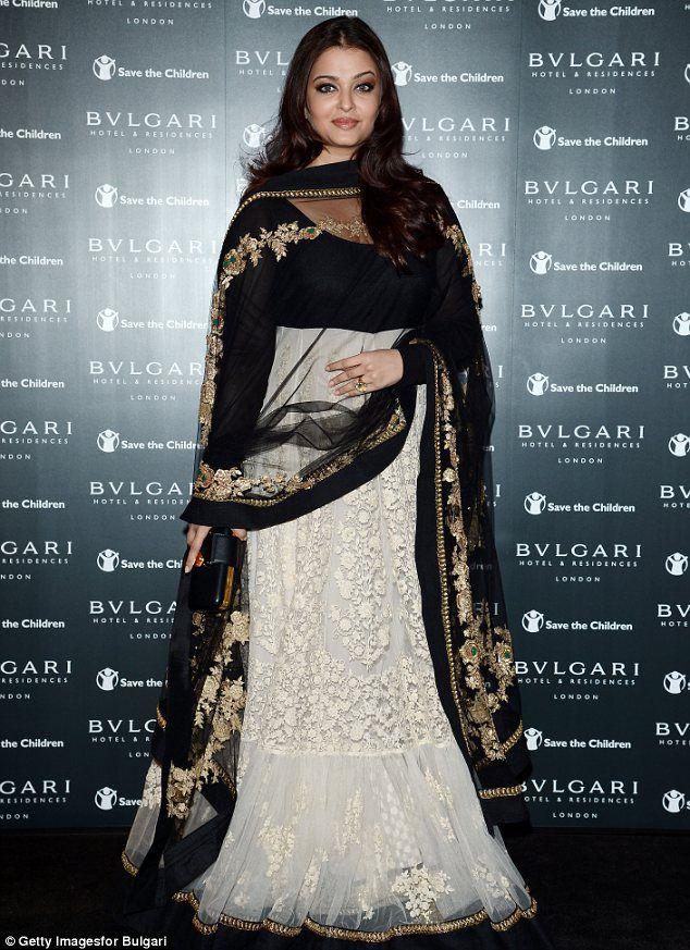 b623f89b1 Bringing Bollywood glamour to London  Aishwarya Rai Bachchan dazzles ...