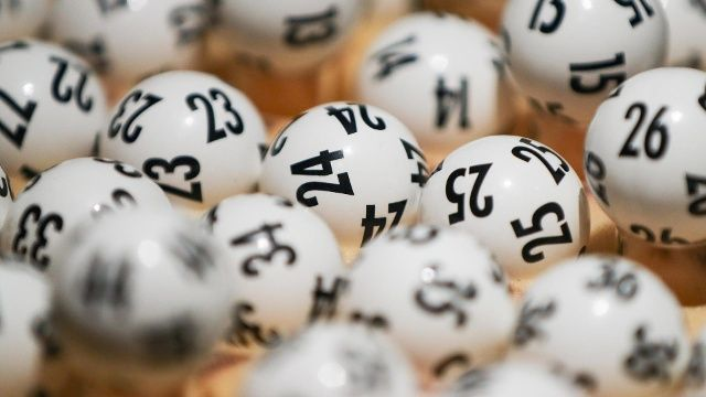 Lotto Gewinn Steuer 1 Jahr