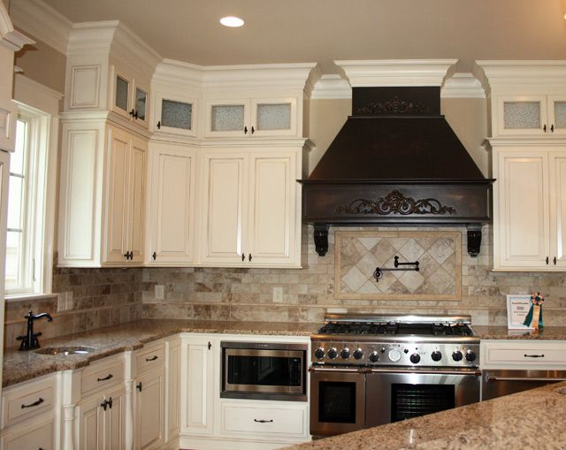 Best We Like The Cabinets To The Ceiling With Glass Doors For 400 x 300