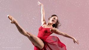 Smuin S The Christmas Ballet Romantic Dates Ballet Romantic