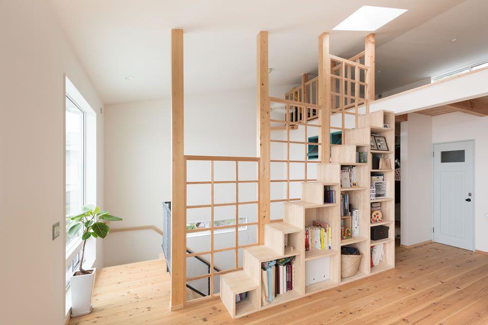 Anjuhome ロフト 箱型の階段は間仕切りにも収納にも活躍します 二世帯住宅 ロフト階段 一戸建て